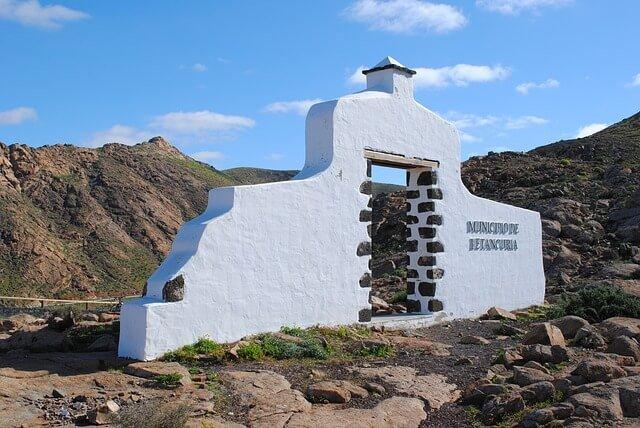 Importación de efectos personales a Fuerteventura y documentación necesaria