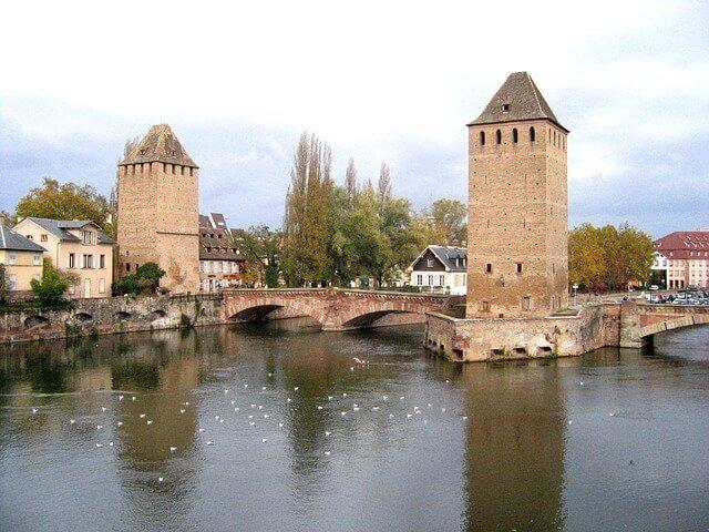 Haga su mudanza a Estrasburgo con Mudinmar