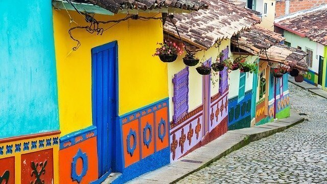 Search for accommodation in Colombia