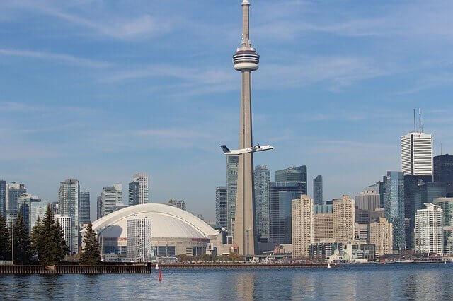 International Moving to Toronto (Canada)