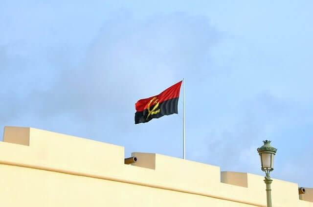 Información de Interés en su Mudanza a Angola