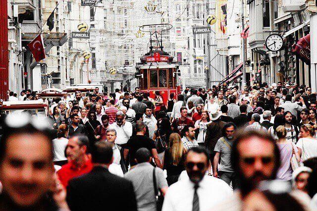 Ahorre dinero con una mudanza compartida a Turquía