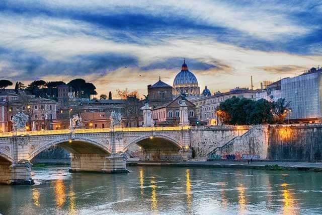 Mudanzas a Roma desde España