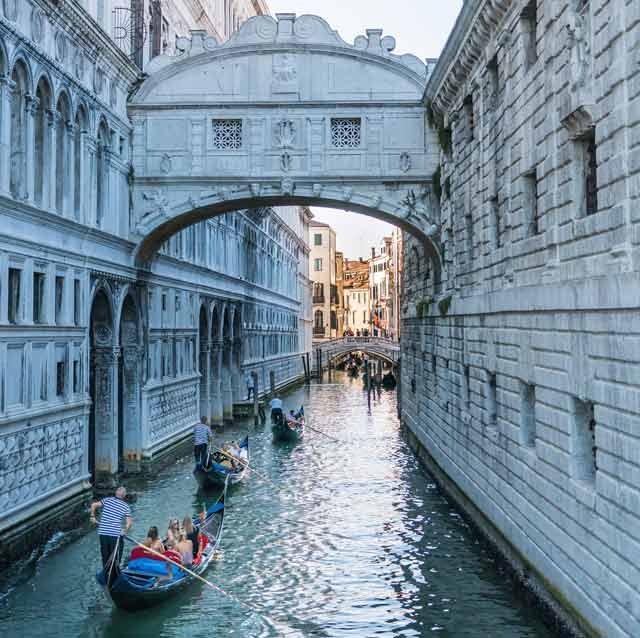 Precios de mudanzas a Italia