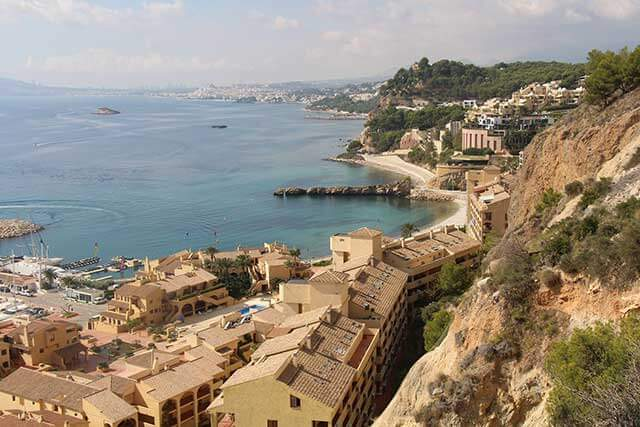 International removals to Alicante