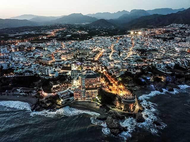 International removals to Malaga