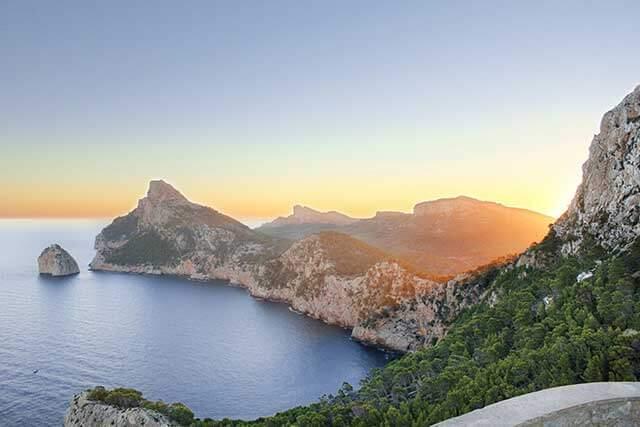 Servicios asociados de mudanza a Mallorca