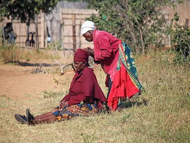 Servicios asociados de mudanza a África
