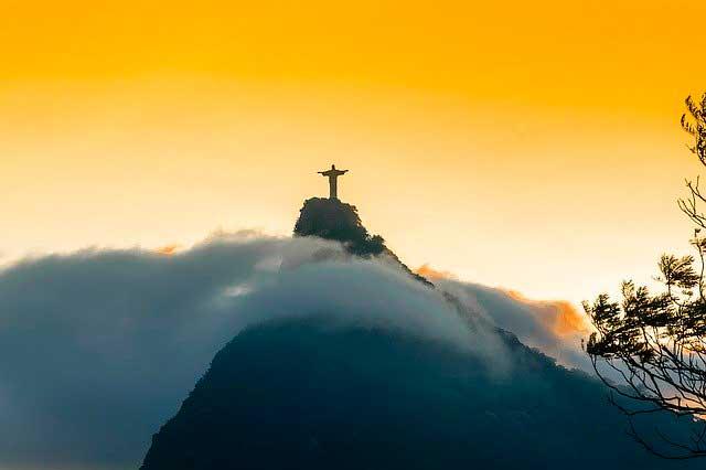 Informação para uma mudança Internacional no Brazil
