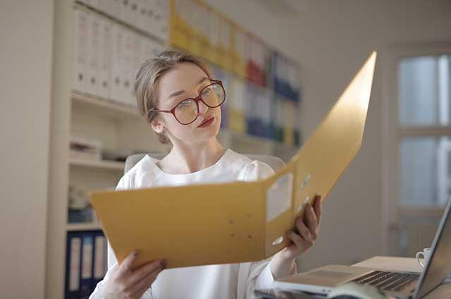 Embalaje de documentos y archivos de oficina