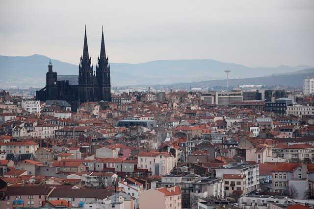 Mudanzas baratas compartidas a Clermont-Ferrand
