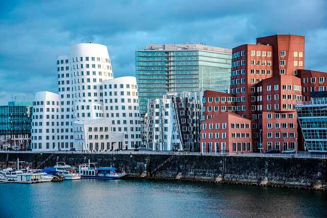 Servicios complementarios para mudanzas a Düsseldorf