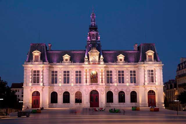 Mudanza de oficinas y traslado de empresas a Poitiers