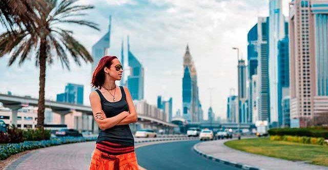 Cultura y Deportes en los Emiratos Árabes Unidos